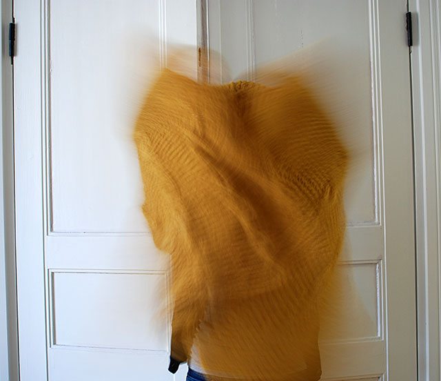 keltainen-huivi