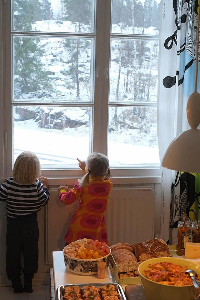 lapset-ja-lumi