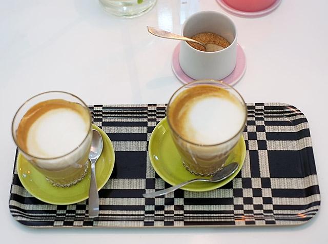 coffee-at-lokal
