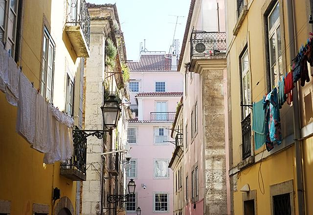 lisbon-streets-1