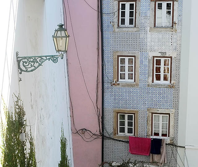 lisbon-streets-9