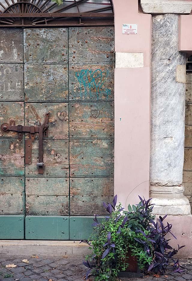 rome-doors