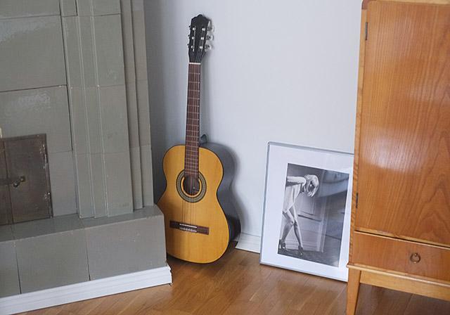 kitara-ja-taulu