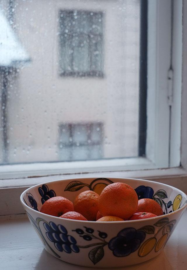pisarat-ikkunassa-1