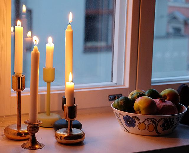kynttilan-valossa-1